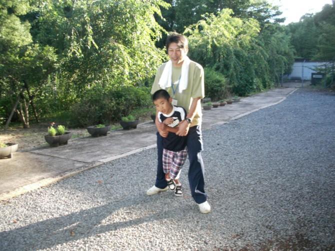 障害児を持つ、日本中のお母さん、頑張れ!「あっくんの巻」