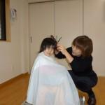 新年より、散髪サービスをスタートします。まずは、出来ばえを見て下さい!